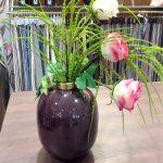 Vase mit Deko Blumen